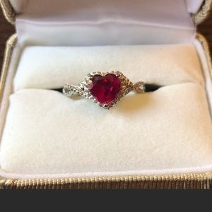 Stunning sterling silver and ruby ring sz 7 by Kay